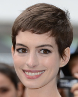 Anne Hathaway