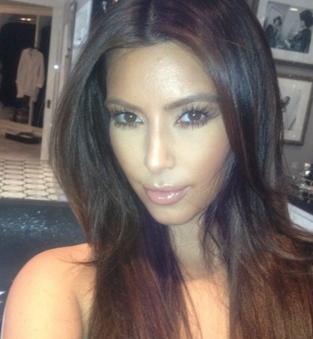 Kim Kardashian tweets a picture of her new hair.