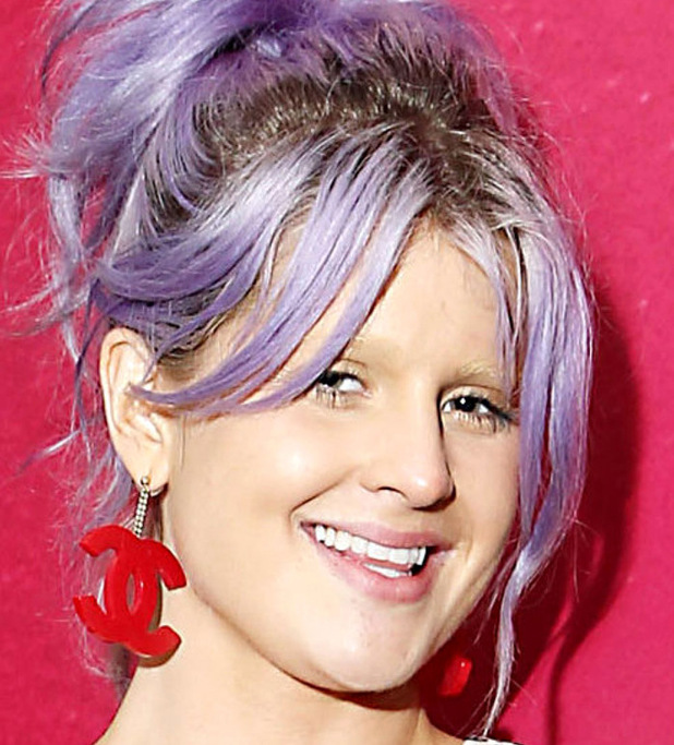 Kelly Osbourne bleached eyebrows