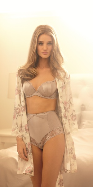 The gallery for --> Total Recall 2012 Cast Rosie Huntington Whiteley Instagram