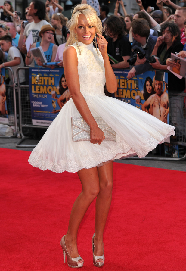 miss mode stylish looks at the premiere of keith lemon the film reveal. Black Bedroom Furniture Sets. Home Design Ideas