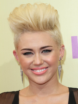 miley cyrus vma awards 2012