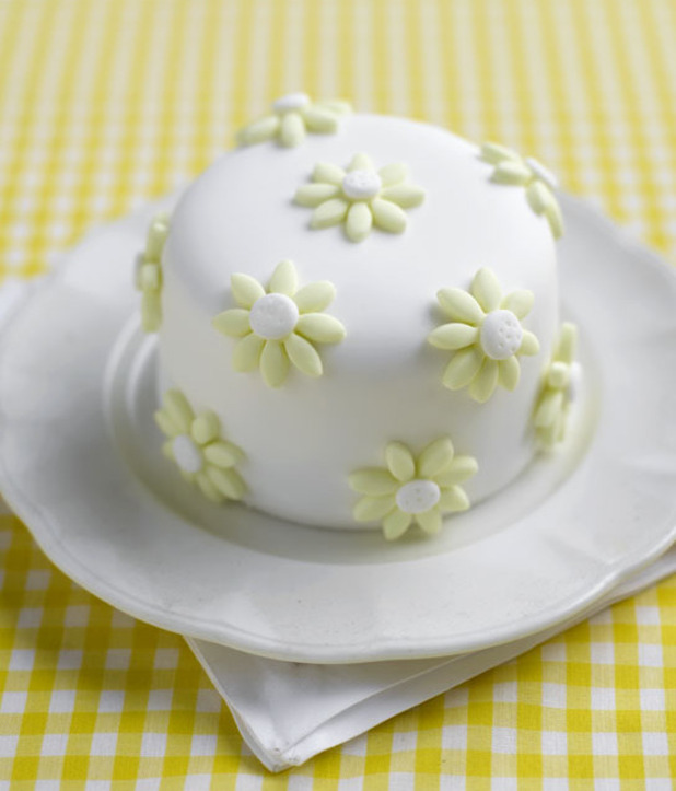 daisy cake lemon drop afternoon tea cake