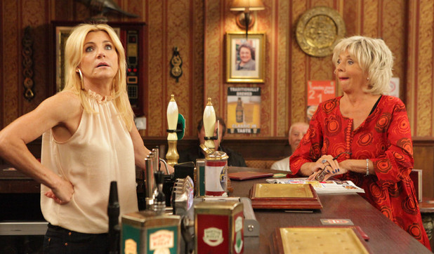 Corrie, Gloria wants to enter pub of the year, Wed 19 Sep