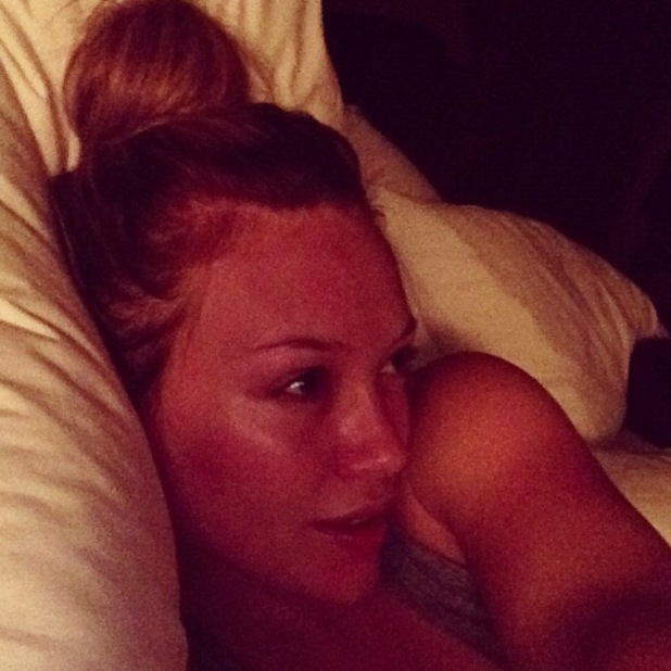 Hilary Duff Twitter picture, no make-up