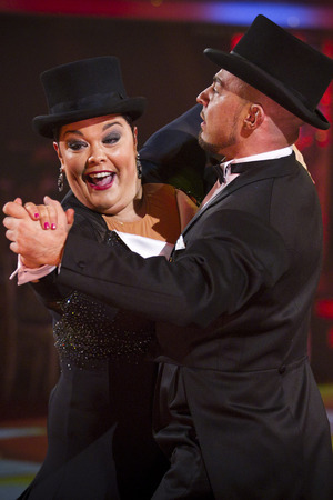 Lisa Riley on Strictly Come Dancing live show week 7, 10/11