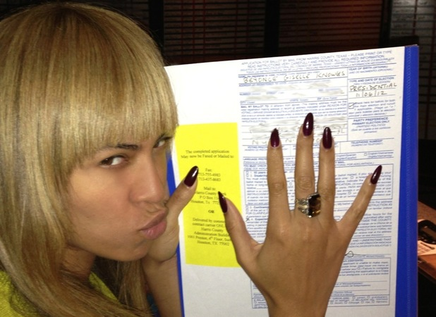 Beyoncé casts her vote for President Barack Obama November 2012