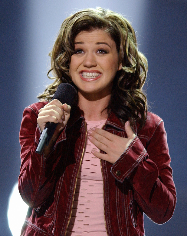 Kelly Clarkson celebrates ten years of Greatest Hits