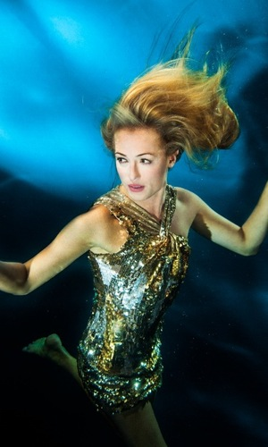 Miss Mode: Cat Deeley for Pantene