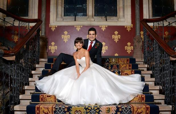 Flavia Cacace shared picture of her wedding to Jimi Mistry with her Twitter fans, 30 December 2013