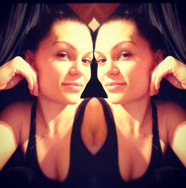 Jessie J no make-up