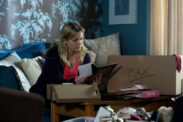 EastEnders, Tanya boxes up Max's stuff, Mon 28 Jan