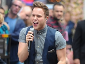Olly Murs celebrates one million record sales before leaving the US