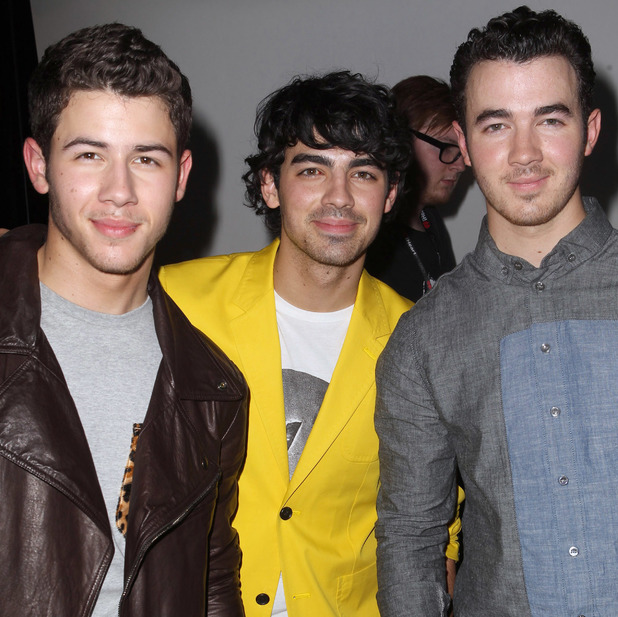 Nick, Kevin and Joe Jonas - KIIS FM's Jingle Ball 2012 presented by G by Guess at the Nokia Theatre L.A. LIVE - Gifitng Lounge - 12/01/2012