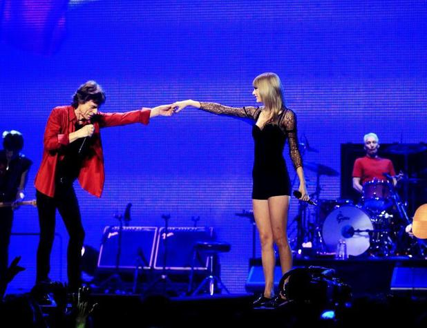 Taylor Swift joins The Rolling Stones on stage in Chicago - 3 June 2013