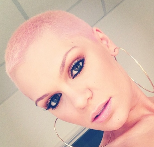 Jessie J shows off pink hair ahead of The Voice final, 22 June 2013