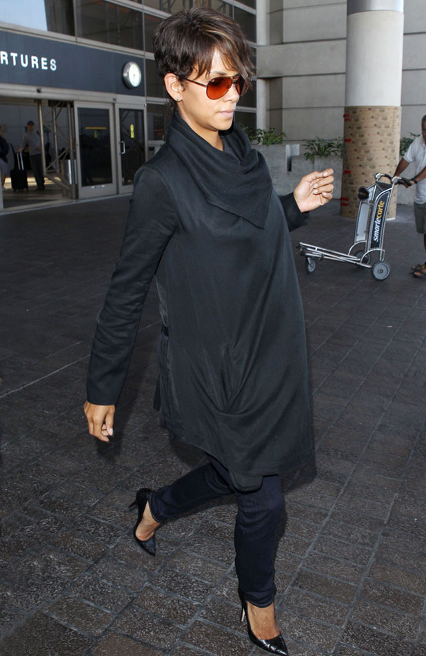 Halle Berry at LAX Airport, Los Angeles, America - 17 Jun 2013