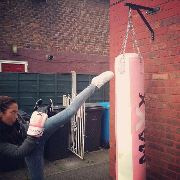 Tulisa posts Instagram photo of her boxing