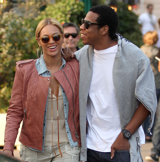 Beyonce Knowles and Jay-Z leaving Meurice hotel - 25.4.2011