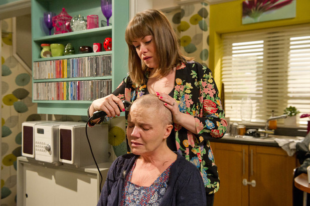 Emmerdale, Brenda shaves her head, Thu 11 Jul