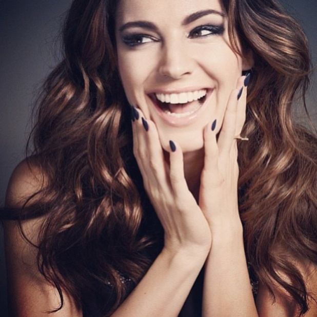 Kelly Brook's new shoot for make-up range for New Look Cosmetics, Instagram, 9 July 2013