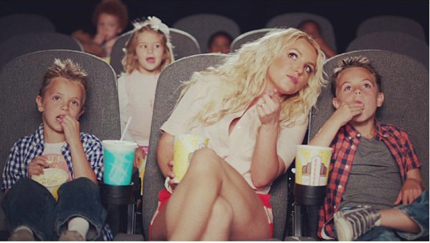 Britney Spears unveils teaser photo for forthcoming Smurfs-insired single 'Ooh La La'