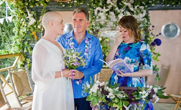 Emmerdale, Bob and Brenda exchange vows, Thu 18 Jul