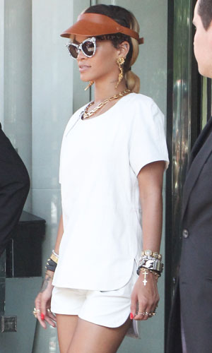 Rihanna leaving hotel, and heading to Manchester, 15 July 2013