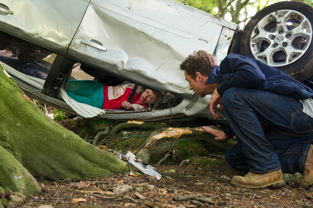 Emmerdale, Gennie crashes her car, Thu 25 Jul