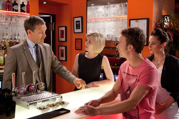 Corrie, Nick thinks there's a vendetta, Mon 29 Jul