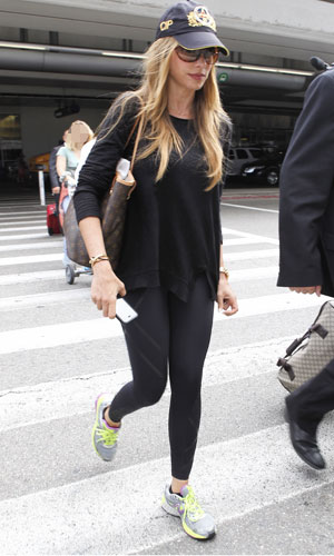 Sofia Vergara arrives at LAX (Los Angeles International) airport, 25 July 2013