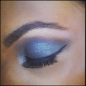 Rochelle Humes snaps a close-up of her smoky blue eyes, 31 July, Instagram