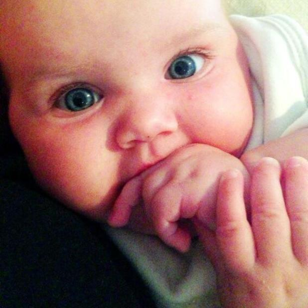 Imogen Thomas posts cute picture of her daughter Ariana Siena ready for bed, Aug 2 2013
