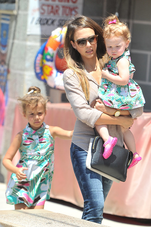 Jessica Alba heads to a beach party after shopping for toys with her daughters Honor and Haven - 3.8.13