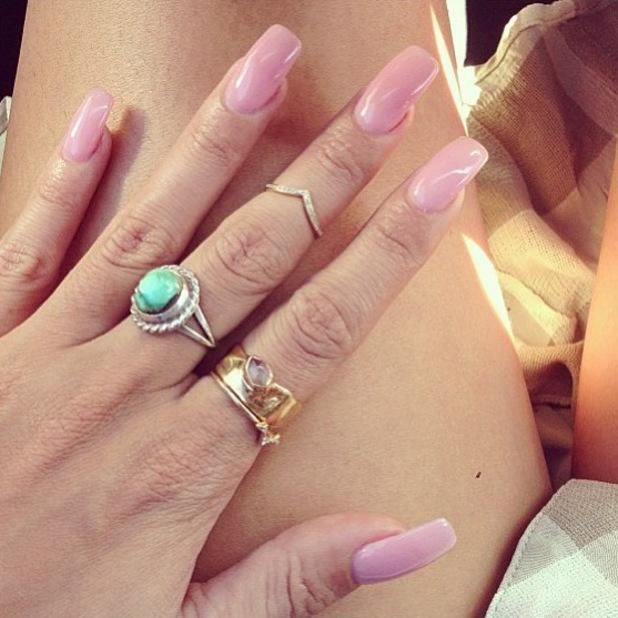 Vanessa Hudgens midi ring Instagram