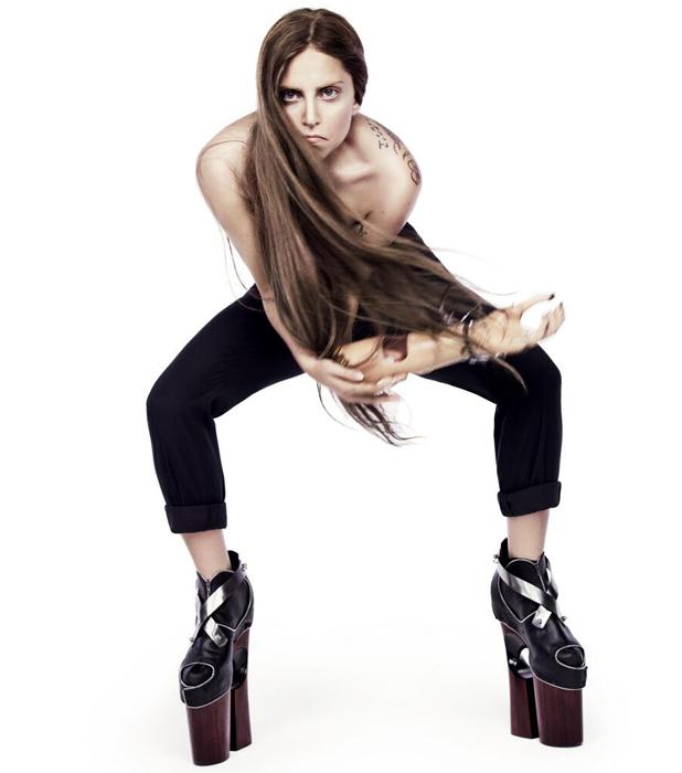 Lady Gaga teases photo ahead of Artpop album launch