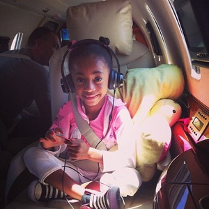 Mel B and daughter Angel on America's Got Talent - Angel on the plane - 13 August 2013