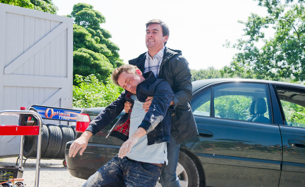 Emmerdale, Cain tries to kill Cameron, Fri 16 Aug