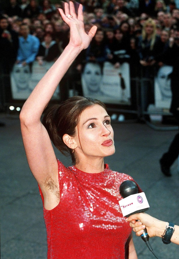 NOTTING HILL' FILM PREMIERE, LONDON, BRITAIN - 1999 JULIA ROBERTS 28 Apr 1999
