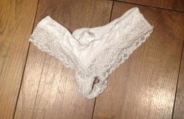 Fearne Cotton tweets picture of white knickers found in her luggage not belonging to her, 12 August 2013