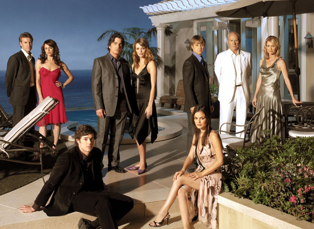 'THE OC' TV SERIES 'The OC' - Tate Donovan, Melinda Clarke, Adam Brody, Peter Gallagher, Mischa Barton, Benjamin McKenzie, Rachel Bilson, Alan Dale and Kelly Rowan - (Season 2) - 2003 2003