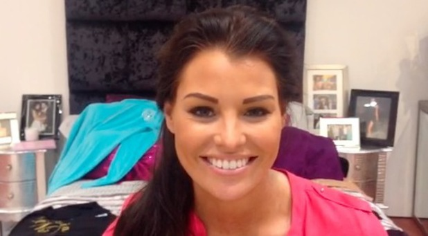 Jessica Wright records video for Meadowhall Sheffield pop-up launch - 21 August 2013