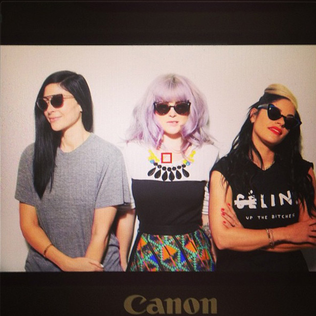 Kelly Osbourne shows off new fringe (22 August) in a photoshoot with friends