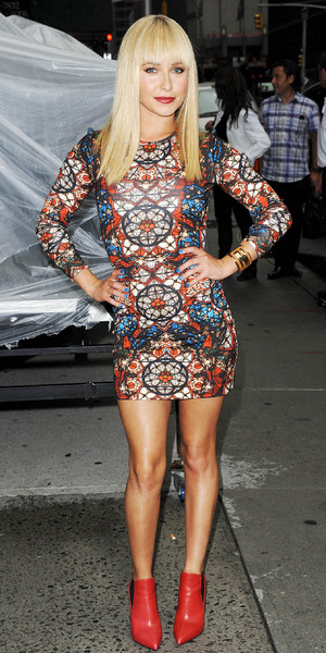 Hayden Panettiere arrives at The Late Show with David Lettereman in NYC, 28/08/13