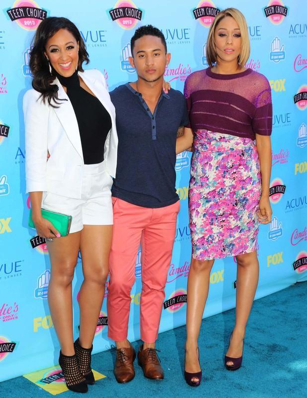 2013 Teen Choice Awards - Tia Mowry, Tamera Mowry, Tahj Mowry - 11.8.2013