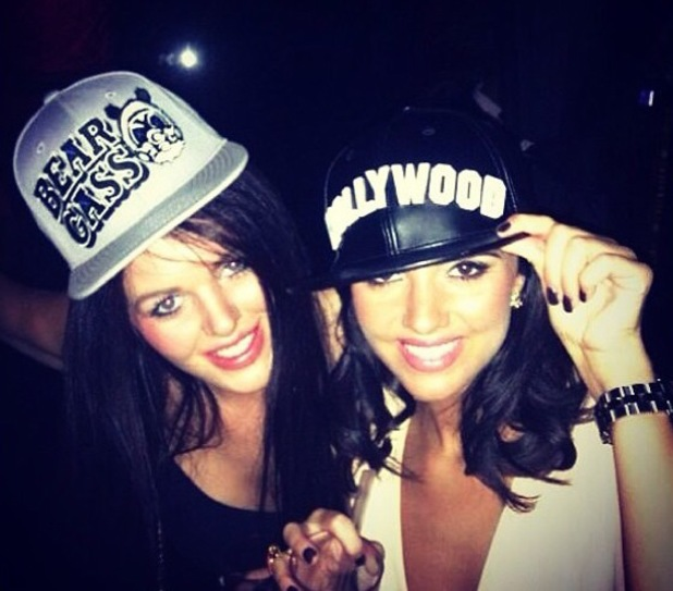 Lucy Mecklenburgh enjoys drinks in London wearing Hollywood hat - 31 August 2013