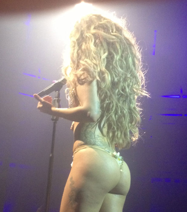 Lady Gaga performing at the iTunes Festival 2013, 1 September 2013