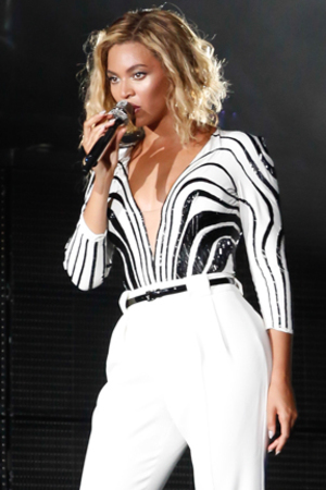 Beyonce, performs at the 2013 Made in America festival in Philadelphia, Pennsylvania Person In Image:Beyonce Credit :WENN.com