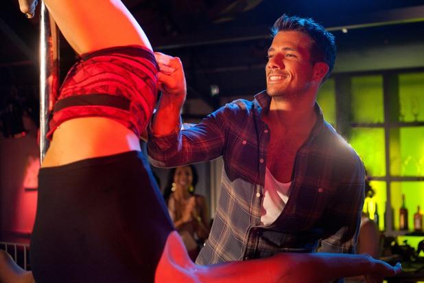 Hollyoaks, pole dancing night, Wed 11 Sep