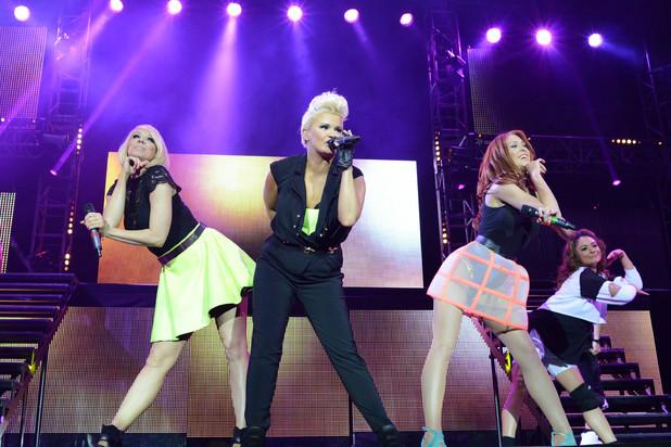 The Big Reunion: On Tour, ITV2, Atomic Kitten perform
